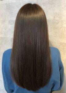 サラサラなヘアスタイル